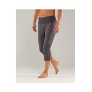 Lululemon Gather & Crow Crop Grey Size 8